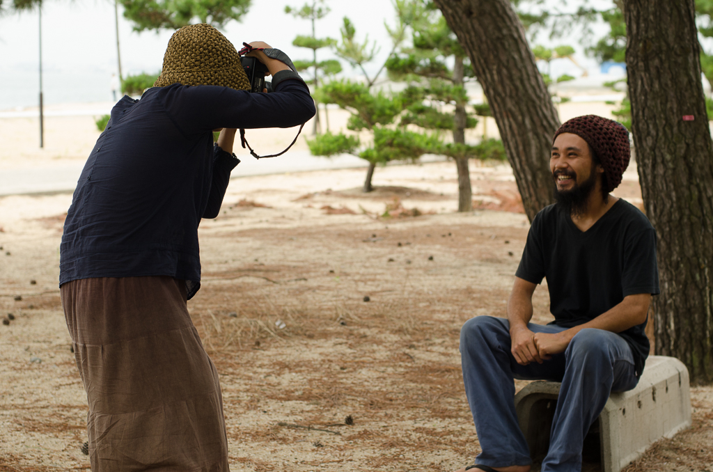 Suhee taking a portrait of Yasuhide, one of the two youngest inhabitants of Megijima.