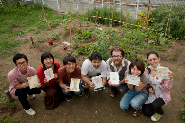 Soil Art Workshop participants in Osaka, Japan